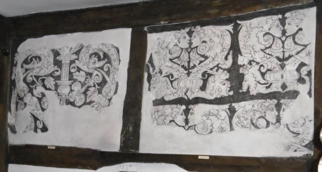 Tudor-mural-glos
