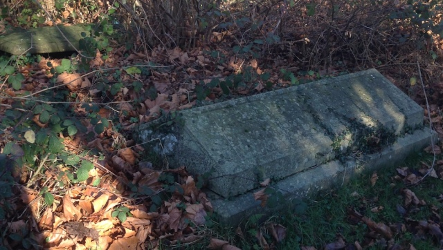 slab tomb