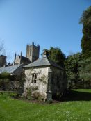 Wells_Bishop_Palace_Pump_House small