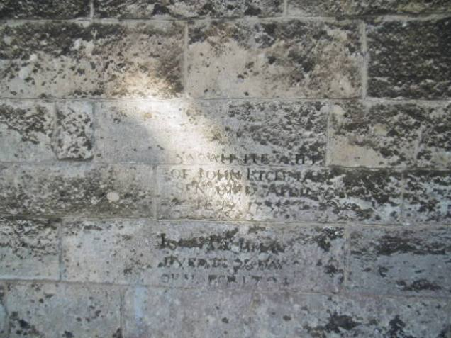 Wells_St_Cuthberts_Wall_Memorial