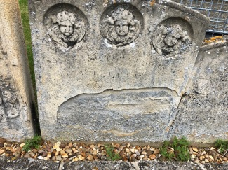 Stamford_All_Saints-Three-Cherubs