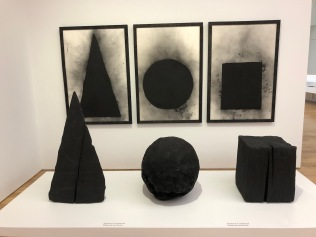 David_Nash_Cardiff_Museum-charcoal-shapes