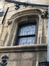 Lincoln-wall-window