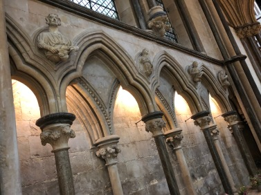 Lincoln_Cathedral-arcade