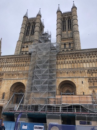 Lincoln_Cathedral-facade