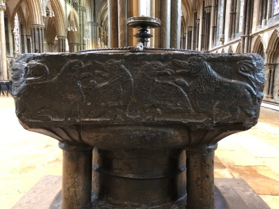 Lincoln_Cathedral-font-1