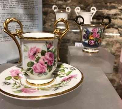 Nantgarw_porcelain-roses