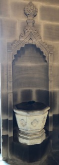 Wakefield_Bridge_Chantry-font-niche