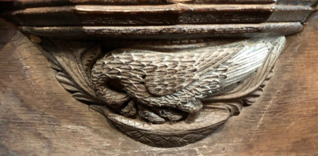 Wakefield_Cathedral_Misericord-pelican-piety