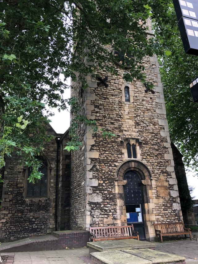 Lincoln_St_Mary-tower-ext