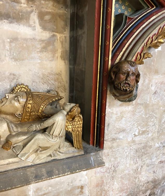 Bristol_Cathedral_bishops-mon-heads1