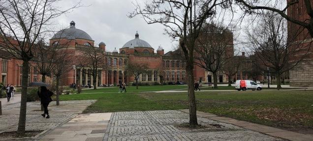 Birmingham-Uni-collonade